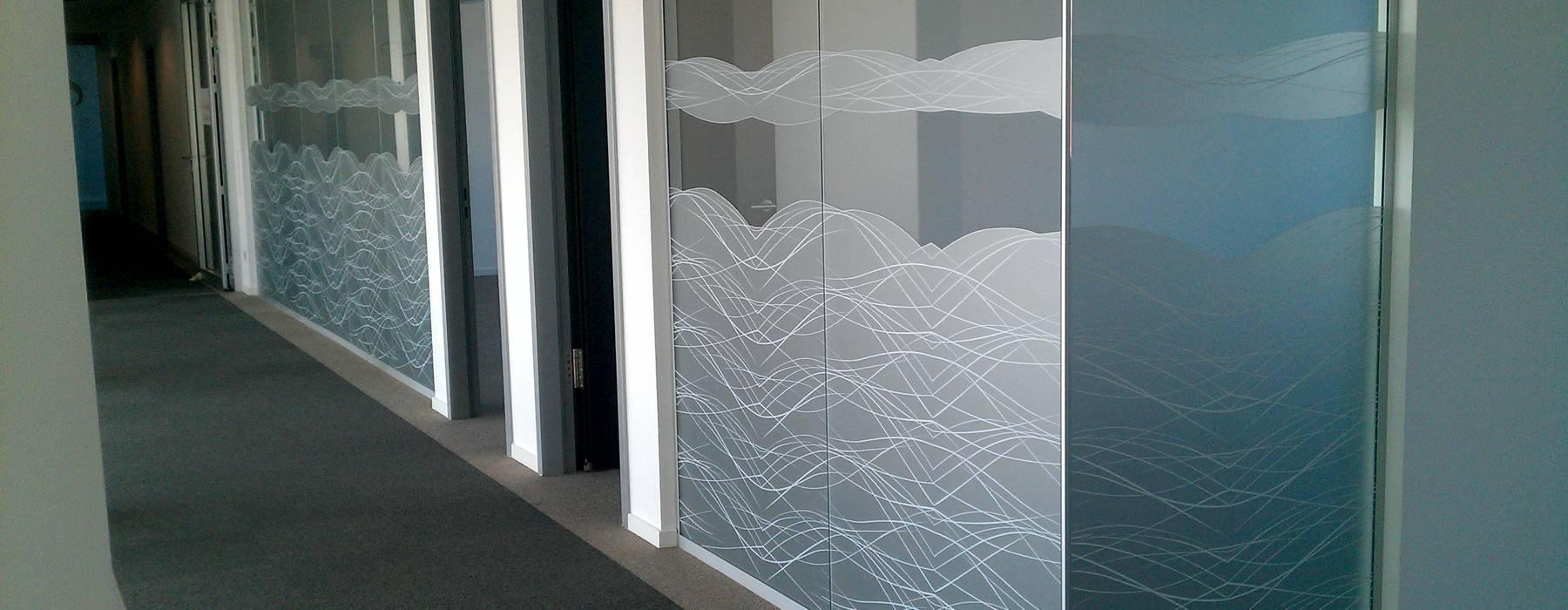 Gestaltung mit EtchedGlassFolien im Firmengebäude